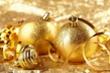 Giá vàng hôm nay 24/12: Dịch COVID-19 lan rộng, vàng bật tăng trở lại