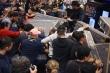 Ảnh: Khách hàng 'càn quét' đồ giảm giá Black Friday trên toàn thế giới