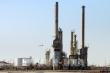 Giá dầu lao dốc vì COVID-19, OPEC đối mặt khó khăn chưa từng có