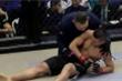 Video: Cao thủ thiếu lâm Trung Quốc bị võ sĩ MMA hạ gục trong 6 giây