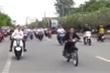 Xử phạt nhóm thanh niên dàn hàng ngang, bốc đầu xe máy qua nhiều tuyến đường ở Bạc Liêu