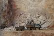 Nổ mìn khai thác đá khiến nhà rung như động đất, dân Sơn La khiếp đảm