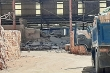 Sập tường nhà máy gạch ở Nghệ An, 3 công nhân nhập viện