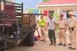 Nổ súng bắt kẻ chở gỗ lậu tông vào xe CSGT ở Đắk Lắk