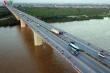 Đề nghị giảm tốc độ tối đa cho ô tô đi trên cầu Thanh Trì xuống chỉ 60km/h