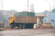 Hãi hùng xe chở dăm gỗ náo loạn Cảng Việt - Lào