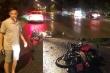 Đi ngược chiều trên đại lộ Thăng Long, cô gái trẻ tông vào ô tô thiệt mạng