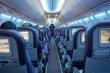 Vì sao khách đi máy bay không được phát dù để phòng sự cố?