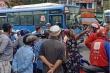 Tài xế xe buýt đâm người trọng thương chỉ vì va chạm nhẹ