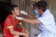 Khoảnh khắc đau xót của bác sĩ khi bất lực nhìn bệnh nhân bạch hầu qua đời