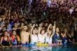 Bản tin COVID-19 thế giới 18/8: Hàng nghìn người dự tiệc công viên nước Vũ Hán