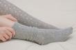 Có nên đeo tất chân khi ngủ?