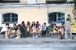 Hà Nội đóng cửa các quán ăn đường phố, cà phê, trà đá vỉa hè từ 17h ngày 3/5