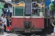 Chụp hình 'tự sướng' với đoàn tàu đang chạy, 2 nữ sinh ở Bình Định thiệt mạng