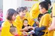 Học sinh Hà Nội tiết kiệm tiền, giúp đỡ 30 bà mẹ có con bị bại não