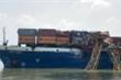 Đồng Nai: Tàu hàng va chạm cầu Phước Khánh, đâm gãy cẩu thi công