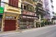 Ảnh: Hàng quán xung quanh phố Trúc Bạch 'cửa đóng then cài'