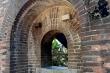 Lai lịch của hai cổng thành cổ vừa 'phát lộ' sau cuộc di dân lịch sử ở Huế