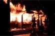 Đền Tam Quan Lâm Du ở Hà Nội bốc cháy dữ dội trước ngày Tết Đoan Ngọ