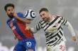 Gary Neville: 'Man Utd thi đấu như mộng du, có thể văng khỏi top 4'
