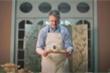 Video: Đại sứ Mỹ làm bánh trung thu truyền thống với nguyên liệu đặc biệt