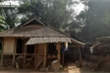 'Quên' hỗ trợ COVID-19 hộ nghèo còn quát dân: 'Thiếu tiền đến nhà tôi mà lấy'
