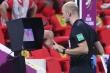 Trọng tài dùng VAR kiểu bới lông tìm vết, phá hỏng niềm vui của bóng đá Việt Nam