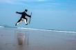 Đạo sĩ Võ Đang 'gặp họa' sau màn khinh công chạy trên mặt nước