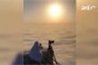 Clip: Hoàng tử Dubai 'săn mây' trên tháp cao chọc trời