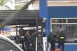 TP.HCM: Cảnh sát đang phong toả, kiểm tra cây xăng ở Gò Vấp