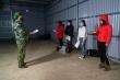 Bắt giữ 4 phụ nữ nhập cảnh trái phép qua sông biên giới ở Quảng Ninh