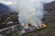 Người Armenia tự đốt nhà trước khi nhượng đất cho Azerbaijan