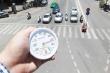 Hôm nay, nhiệt độ ngoài trời lúc nắng nóng cao điểm thế nào?