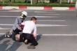Giám đốc Công an Hà Nội tặng giấy khen cho người giúp tài xế taxi bắt cướp