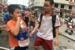 Hoang mang nước có mùi khét, nhiều trường học chuyển sang dùng nước đóng bình