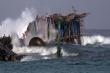 Chìm tàu cá, 13 ngư dân Bình Định lênh đênh trên biển suốt đêm
