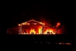 Ảnh: Cháy lớn do sét ở California, nhà cửa, đường phố chìm trong biển lửa