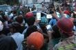 Xúm vào livestream người gặp nạn: Cơn khát máu view làm cạn kiệt lương tri