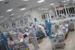 Video: Bác sĩ ép tim liên tục cấp cứu cho bệnh nhân COVID-19