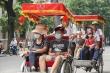 Dịch COVID-19 quay trở lại, người Hà Nội tự giác đeo khẩu trang nơi công cộng
