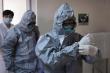 Phi công Anh mắc COVID-19: Điều trị bằng thuốc hiếm, chuẩn bị được ghép phổi