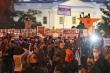 Bầu cử chưa kết thúc, người biểu tình tiến sát Nhà Trắng