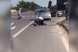 Video: Tài xế taxi vật lộn, khống chế tên cướp mang lệnh truy nã