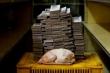 Những hình ảnh khó tin về lạm phát ở Venezuela