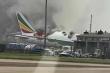 Máy bay Ethiopia cháy dữ dội ở sân bay Trung Quốc