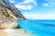 Du khách bị phạt tiền chỉ vì bốc trộm cát, vỏ sò trên bãi biển
