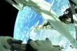 Video: Phi hành gia lắp khung đỡ trên Trạm vũ trụ quốc tế ISS