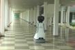 Video: Robot tự hành biết nói ở Hà Nội