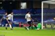 Kết quả Ngoại hạng Anh: Hòa Aston Villa, Chelsea sát vực khủng hoảng
