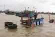 Bão số 9: Tàu cá bị đứt dây neo, 2 ngư dân Quảng Nam cầu cứu